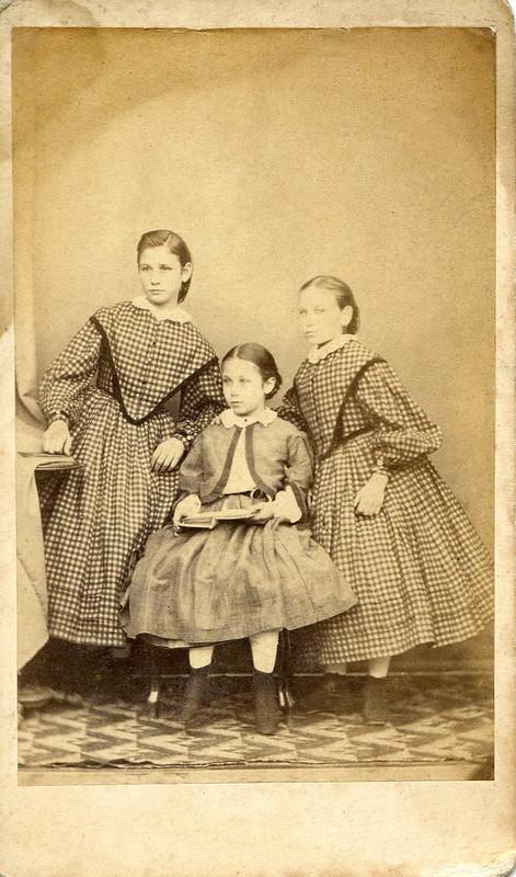 Sisters by Lengyel Samu