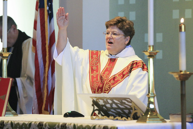 IMG_1180-lneilson-ordination-blessing-dismissal