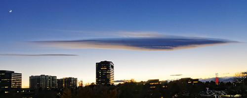 sunset cloud nature canon crescent lenticularcloud lenticular waxing allrightsreserved ef24105mmf4lis lunalunar pixelpeeper canon5dmkiii copyright2013davidcstephens dxoopticspro90 z5a8487dxo greenwoodvillagecoloradousamoon