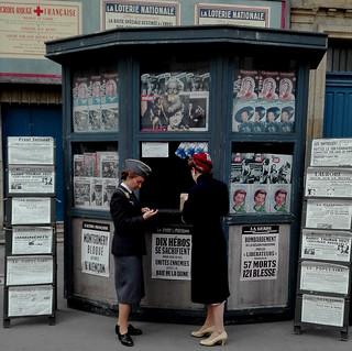 Kiosque presse à la Libération