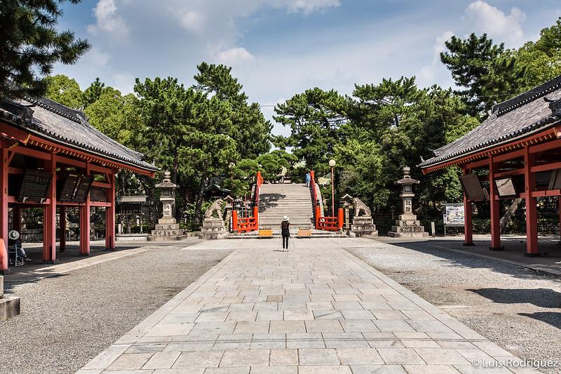 Entrada al santuario Sumiyoshi Taisha en Osaka