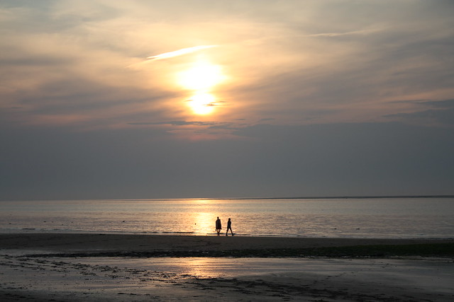 Zeeland 2013 19 Renesse sunset (explored) 30/52 Shadows & Silhouettes