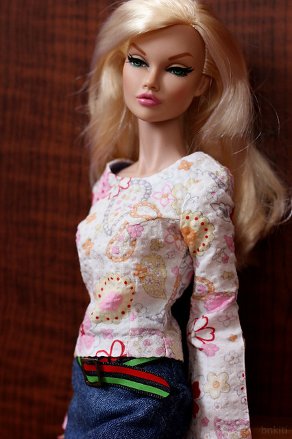 shirt and skirt for 16inch doll