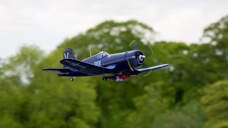 Phil's FMS Mustang complete with sky diver.