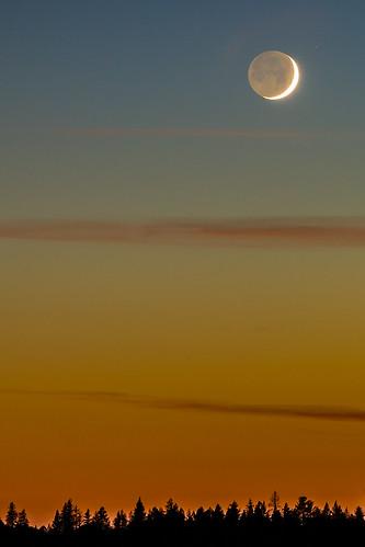 california sunset moon crescent foresthill earthlight crescentmoon ponderosaway