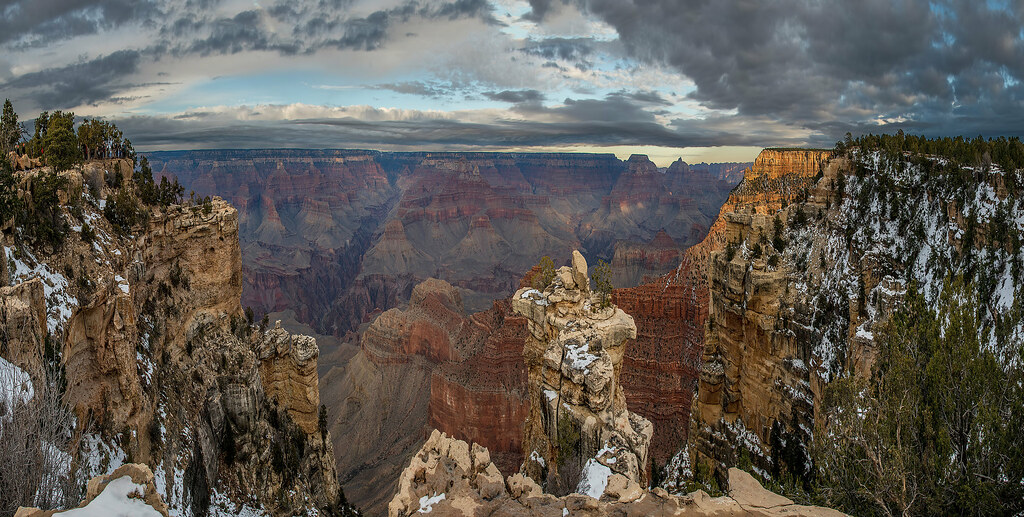 10-photo photomerge of the Grand Canyon from the south rim