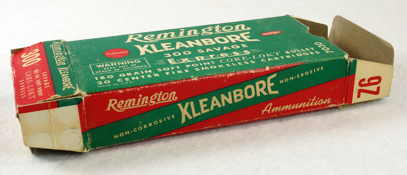 RD14570 Vintage Remington Kleanbore 300 Savage Express 180 Gr. Soft Point Ammo Box with 20 Empty Brass Casings DSC07001
