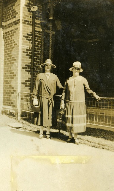 Unidentified women at Carmelite Convent, Hawthorn