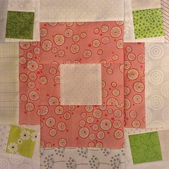 #beeblock 1 for #cheercircle of #dogoodstitches for @wendikj3 . block tutorial by @abrightcorner