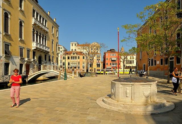 Venice : Campo San VIO - 2/2