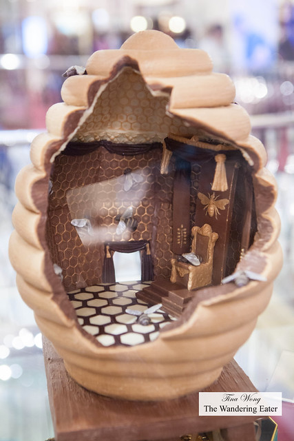 Chocolate Beehive Egg
