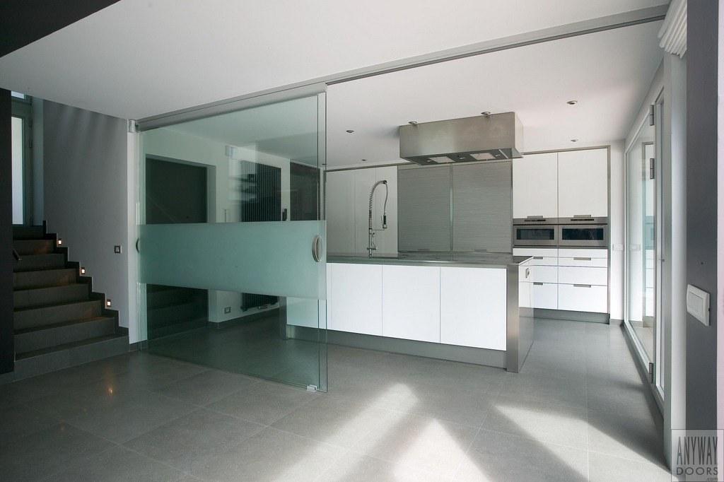 Keuken Met Schuifdeuren.Glazen Schuifdeuren Tussen Keuken En Woonkamer Glazen Schu Flickr