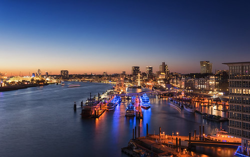 lights outdoor bluehour hamburg bluesky sunset light elbe water germany architecture elbphilharmonie ships cityscape harbour seaside deutschland de