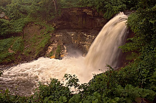 water rain minnesota minneapolis falls record minnehaha raging