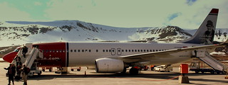 NORWEIGIAN AIRLINES FLIGHT DY396 LN-NOR BOEING 737-800 FROM OSLO GARDEMOEN AIRPORT OSLO ON THE GROUND AT  LONGYEARBYEN SAVALBARD NORWAY JUNE 2014 | by STEPHEN J MASON PHOTOGRAPHY