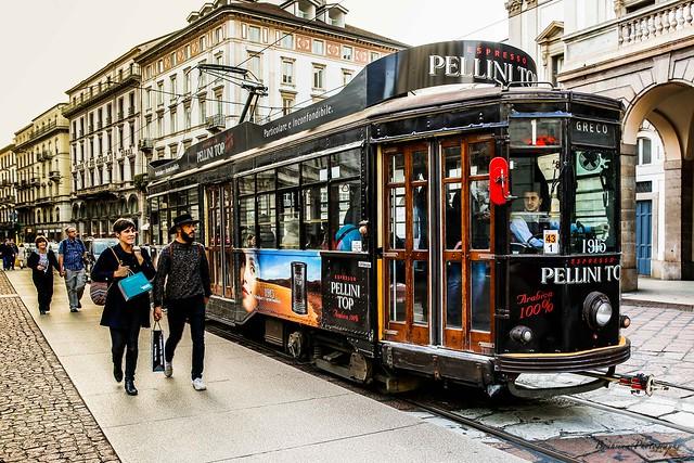 Tram - Via Manzoni - Milano