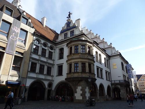 The Hofbrauhaus, Munich | by dlge