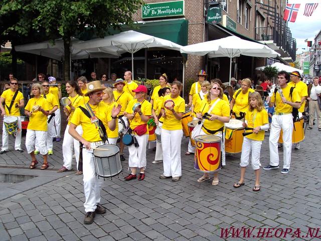 19-07-2009    Aan komst & Vlaggenparade (18)