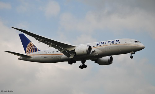 United Boeing 787-8 'Dreamliner' N26910 | by Lewis Smith Photography