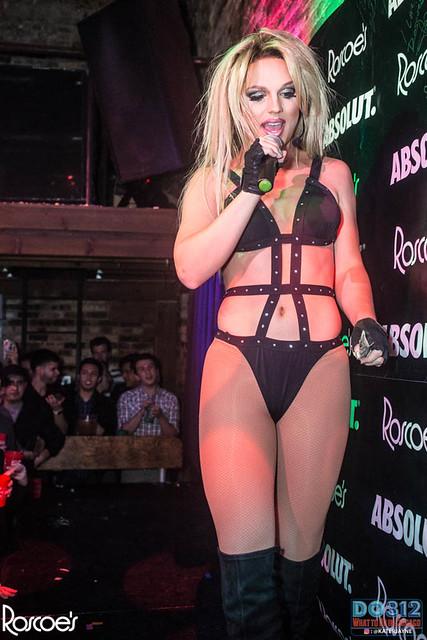Slave 4 Britney @ Roscoe's