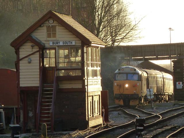 50015 Valiant at Bury South