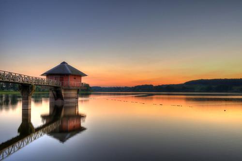 sunset reflection landscape nikon reservoir d90 cropston 1855mmvr