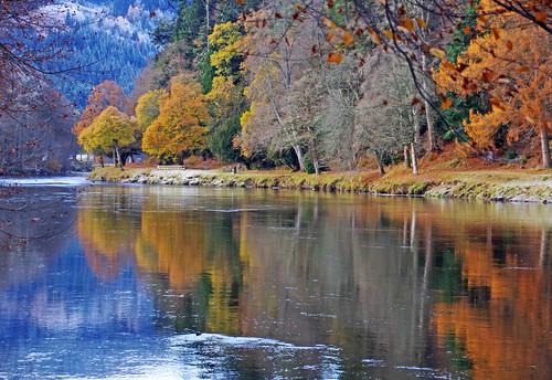 ericrobbniven scotland dunkeld perthshire walking autumn winter rivertay