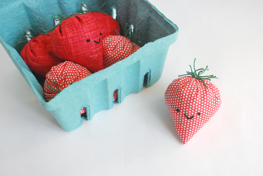 Strawberry Basket Beanbag Game