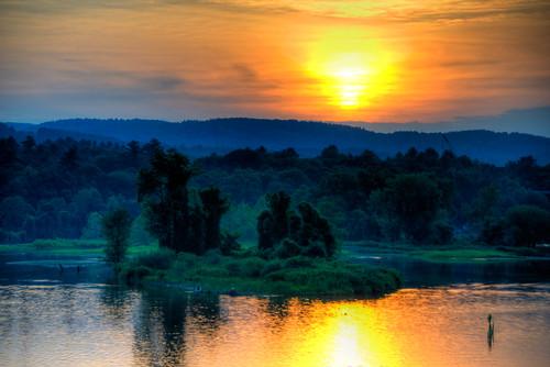 sunset west river vermont cloudy brattleboro vt westriver brattleborovermont westriversunset