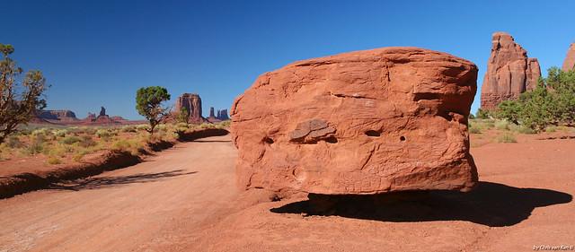 The Lonely Rock, Monument Valley Arizona/Utah USA