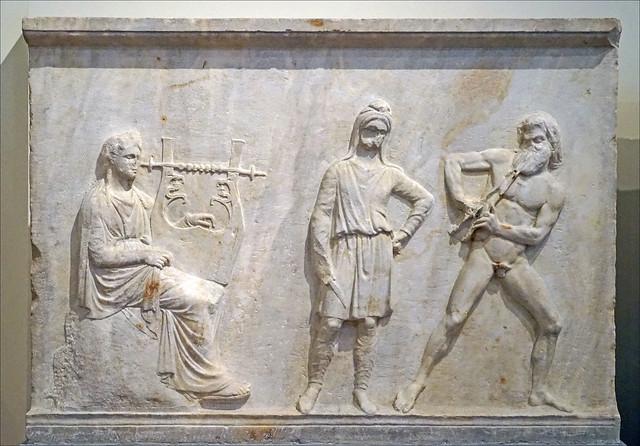 Le concours entre Apollon et Marsyas (Musée national d'archéologie, Athènes)