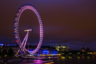 London Eye Pedestrian bridge | by VoxLive