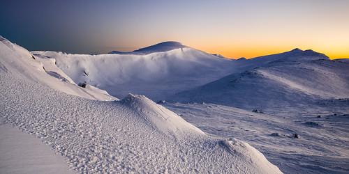 mountain snow seascape cold landscape skiing 21 outdoor freezing australia newsouthwales snowcamping 2048 kosciuszkonationalpark mountainpeak snowies geo:country=australia geo:state=newsouthwales exif:make=sony canonef2470mmf28liiusm camera:make=sony gavowen exif:focallength=24mm exif:aperture=ƒ80 geo:city=kosciuszkonationalpark sonya7r exif:model=ilce7r camera:model=ilce7r exif:isospeed=100 exif:lens=2470mmf28oss geo:location=kosciuszkonationalpark geo:lon=14826849585 geo:lat=3647221826