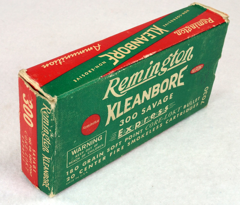 RD14570 Vintage Remington Kleanbore 300 Savage Express 180 Gr. Soft Point Ammo Box with 20 Empty Brass Casings DSC06993