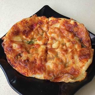 greenzilla_jurong_east_veggie_pizza   by littlegreenwok