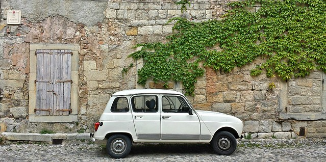 Renault 4 in Lagrasse, France