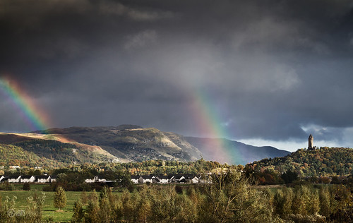 rain rainbow spectrum stirling wallacemonument riverforth dumyat ochilhills causewayhead