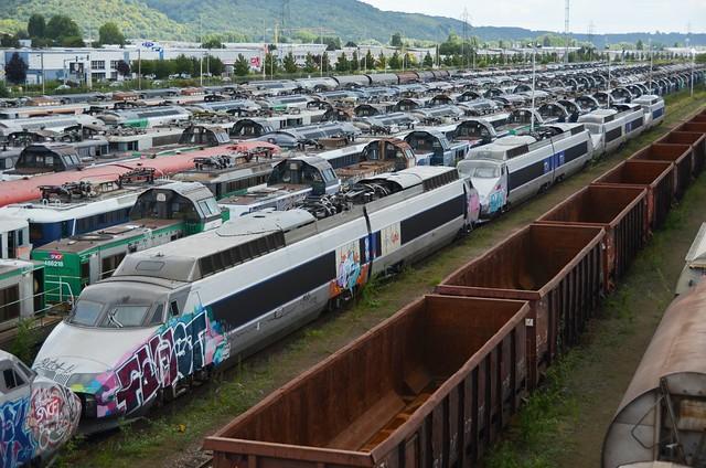 Withdrawn TGV Lyria Power cars Sotteville-les-Rouen 19.08.14 [in explore]