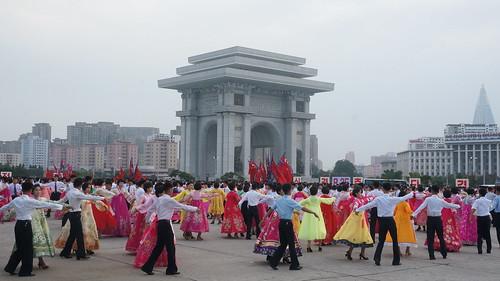 Mass Dancing - Arch of Triumph