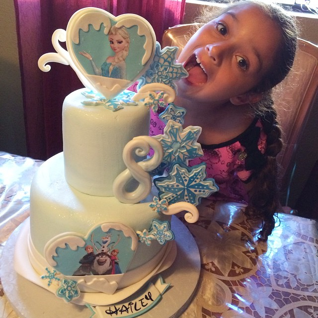 Pleasing I Just Couldnt This Cutie Pie With Her Frozen Cake L Flickr Funny Birthday Cards Online Aeocydamsfinfo