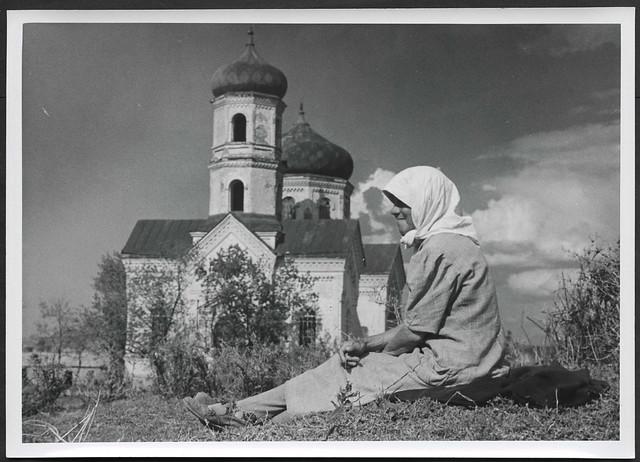 Archiv H791 Frau mit Kopftuch im südlichen Wolga-Gebiet, WWII, 1940er