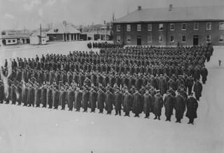 The 22nd (French Canadian) Battalion on the parade ground at [St. Jean] Quebec, 1915 / Le 22e Bataillon (canadien français) sur le terrain de parade à Saint Jean (Québec) en 1915