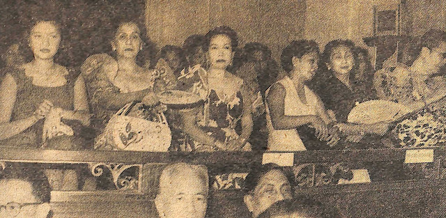 Many Manila matrons forsook social activities to attend the fourth joining session of the Second Congress in the Session Hall of the House of Representatives.