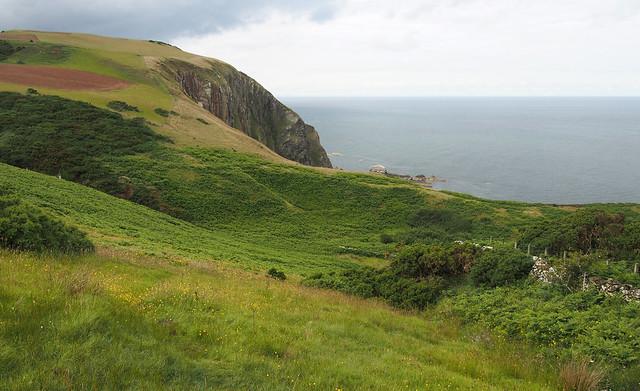 The coast path near Westerside Dean