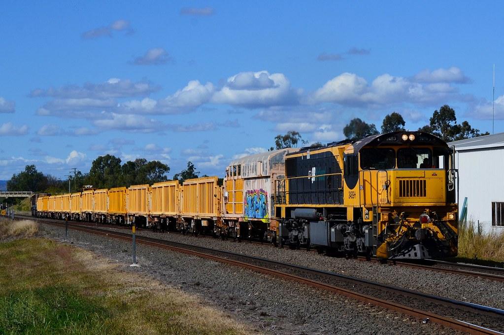 Queensland Rail - Loaded Sleeper Train by Shawn Stutsel