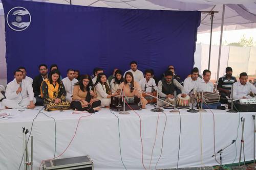 Devotional song by family of Nand Bua Ji
