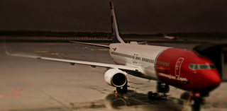 NORWEIGIAN AIRLINES FLIGHT DY396 LN-NOR BOEING 737-800 AT A VERY WET OSLO GARDEMOEN AIRPORT NORWAY ABOUT TO DEPART FOR LONGYEARBYEN SAVALBARD 3 HOURS FLYING DUE NORTH NORWAY JUNE 2014 | by STEPHEN J MASON PHOTOGRAPHY