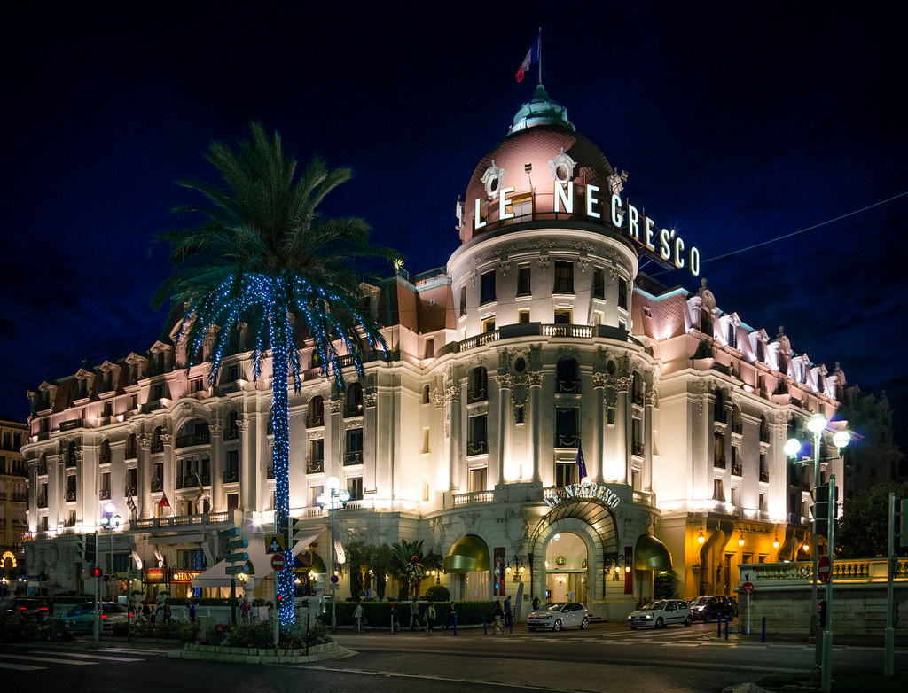 hotel le negresco famous hotel in nice kurt. Black Bedroom Furniture Sets. Home Design Ideas