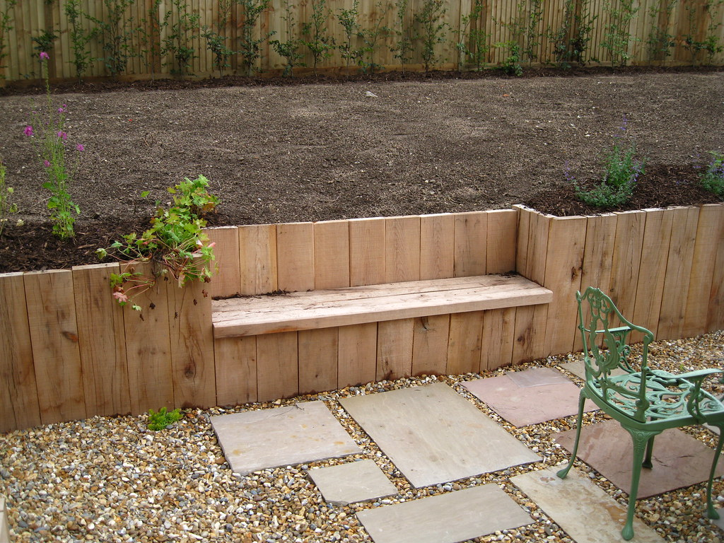 Sleeper Retaining Walls With Shingle And Slab Patio Flickr