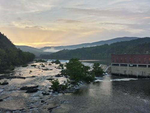bigisland blueridgeparkway jamesriver